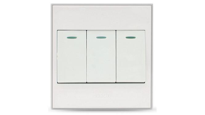 西蒙56系列开关插座三开单控面板三位单极开关V51031BYT 雅白色