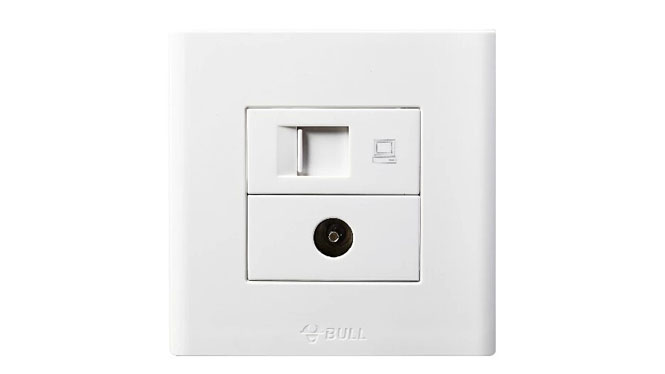 公牛插座开关面板电脑插座有限电视插座二合一接网线线口G06T223