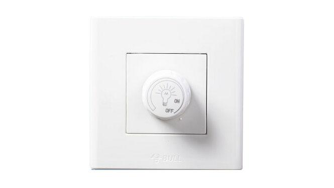 公牛墙壁开关 插座面板 86型调节灯光控制开关 调光器 G06D101