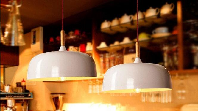 北欧宜家简约日式木艺灯卧室客厅吧台餐厅咖啡厅创意单头橡木吊灯锅盖木艺吊灯