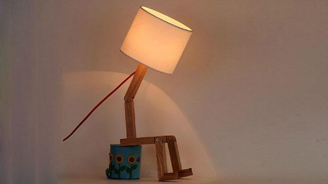 卧室床头台灯_北欧宜家台灯 卧室床头台灯 个性实木质木艺台灯