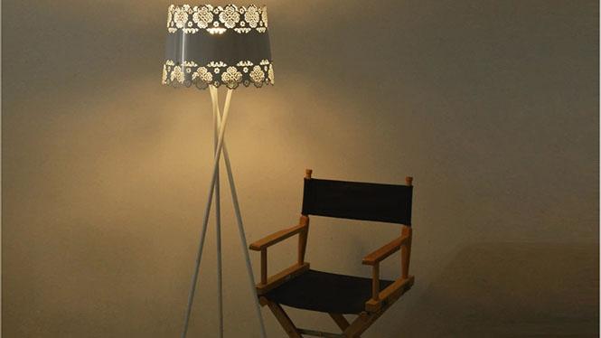 简约现代个性铁艺落地灯 客厅卧室现代简约创意宜家雕花落地灯饰BFL1140B