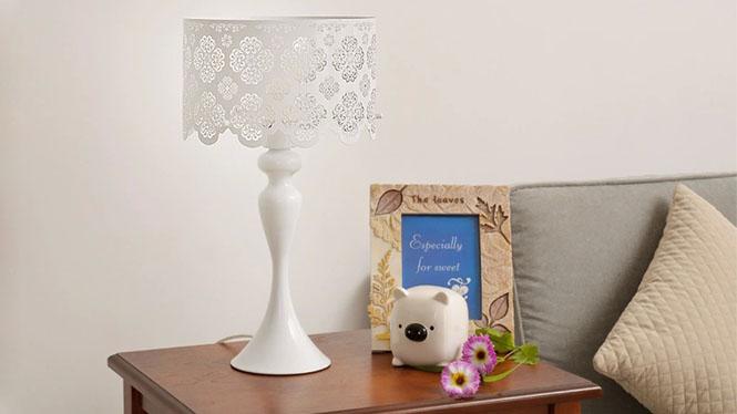 宜家简约现代台灯 客厅卧室床头灯 创意雕花 装饰台灯BT1124