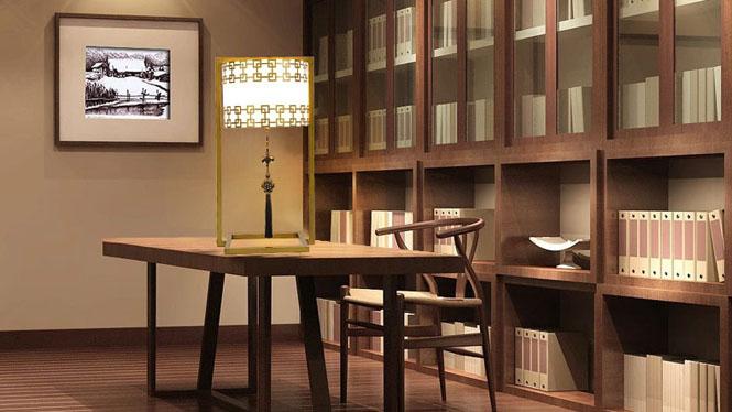 新中式台灯客厅大气仿古铜餐厅书房装饰台灯铁艺卧室床头灯具T04
